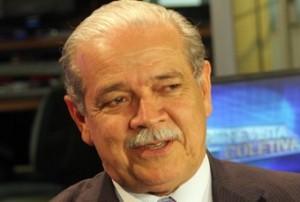 Borges festeja a saída do PMDB do governo Wagner.