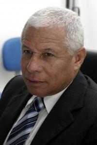 Azevedo-Prefeitura de Itabuna faz homenagem ao servidor-01-foto Waldyr Gomes