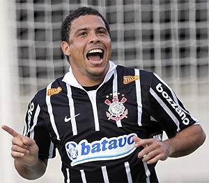 ronaldo-corinthians-ap-2010