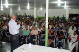 Azevedo quer mobilização do governo contra a dengue-02