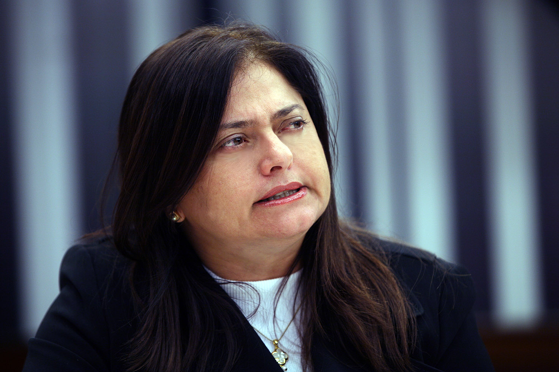 Deputada Alice Portugal.