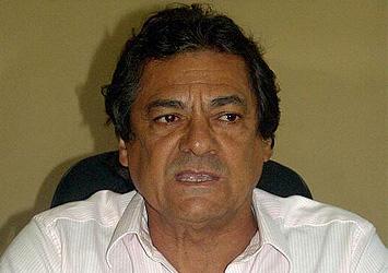 Newton Lima: abandonado e prestes a ficar inelegível.