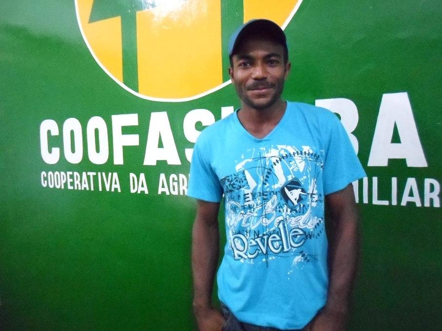 Elenildo Coutinho recebeu bônus de 2 mil reais nesse ano. Imagem: Thiago Dias.