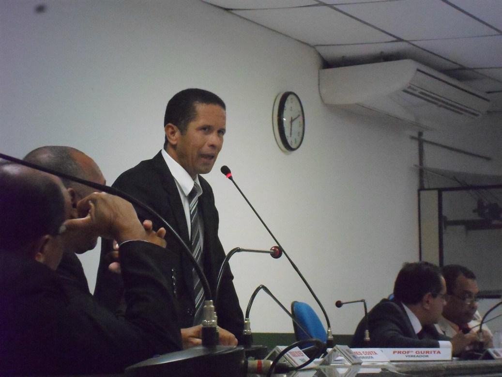 Vereador James Costa defende novo IPTU. Imagem: Thiago Dias/Blog do Gusmão.
