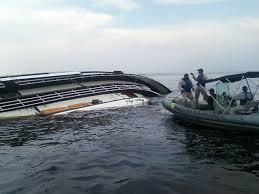 Todas as pessoas a bordo foram socorridas e passam bem. Imagem: A Tarde.