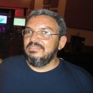 Ednaldo Azevedo, representante da CMA Comercial Ltda.