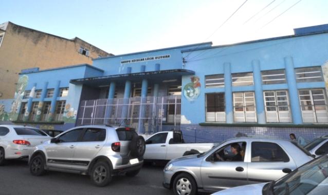 Escola Lúcia Oliveira está na lista de instituições extintas.