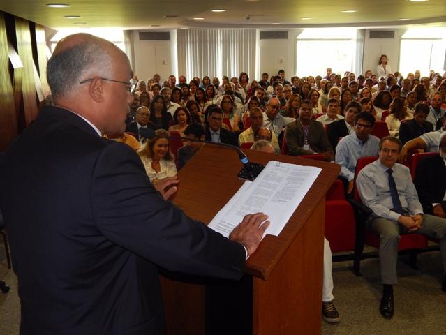 Presidente do TCE, Inaldo Araújo, apresenta programação oficial do centenário.
