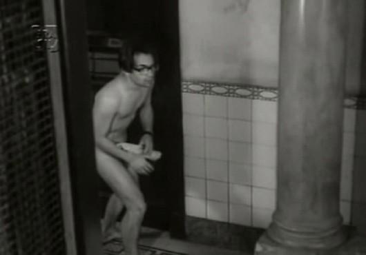 Imagem do filme O homem nu, adaptação homônima do livro de Fernando Sabino.