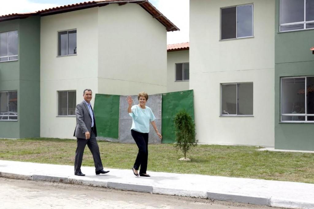 Rui e Dilma entregam unidades do Minha Casa, Minha Vida em Feira de Santana. Imagem: Secom.
