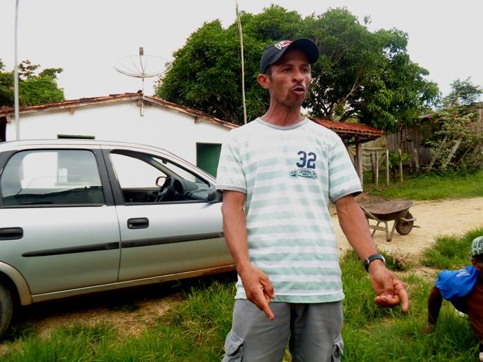 João não aceitou os dez mil reais que o governo estadual ofereceu pela desapropriação da sua terra.
