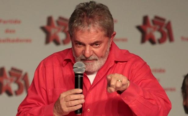 Ex-presidente vai participar da manifestação no centro de São Paulo.