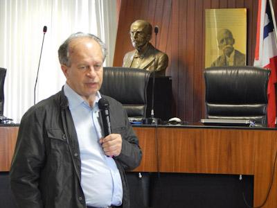 O filósofo Renato Janine Ribeiro é o novo ministro da Educação.