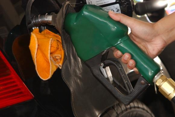 Aumento do volume de etanol na gasolina expõe peças de carros antigos aos efeitos da oxidação.