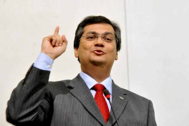 Segundo Flávio Dino, governador do Maranhão, imposto sobre grandes fortunas poderia render até R$ 100 bilhões ao ano.
