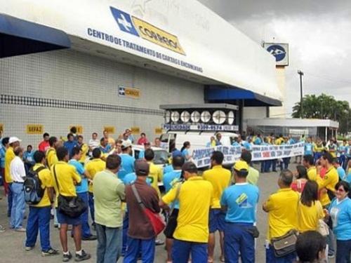 Servidores vão realizar assembleia para discutir paralisação nacional dos Correios.