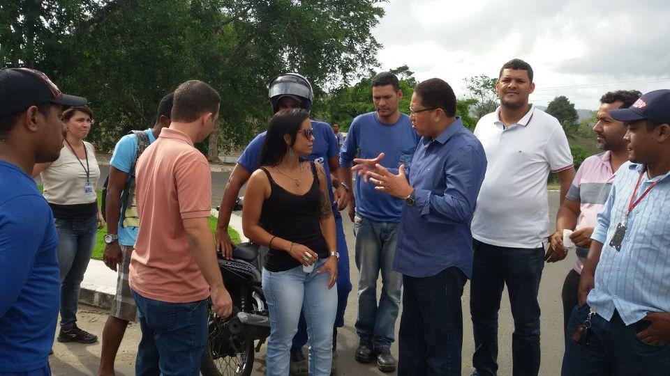 Deputado estadual Augusto Castro conversou com servidores da Emasa nessa semana.