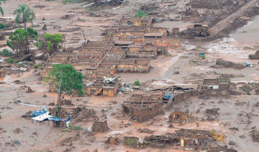Crime ambiental da Samarco devastou o Rio Doce. Imagem: Portal Envolverde.