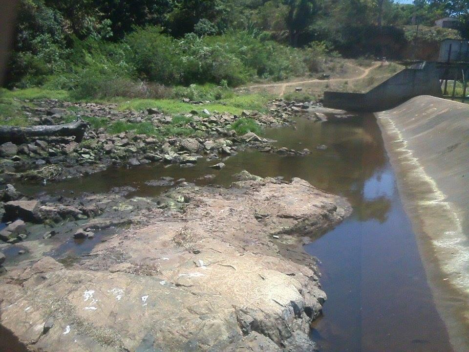 Barragem no Rio Santana. Imagem: Adriana Lima.