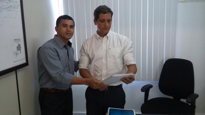 Reinaldo Soares, presidente do PSC, e o promotor Paulo Sampaio.