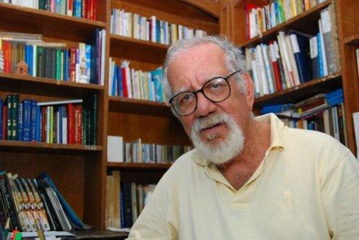 Ildásio Tavares.