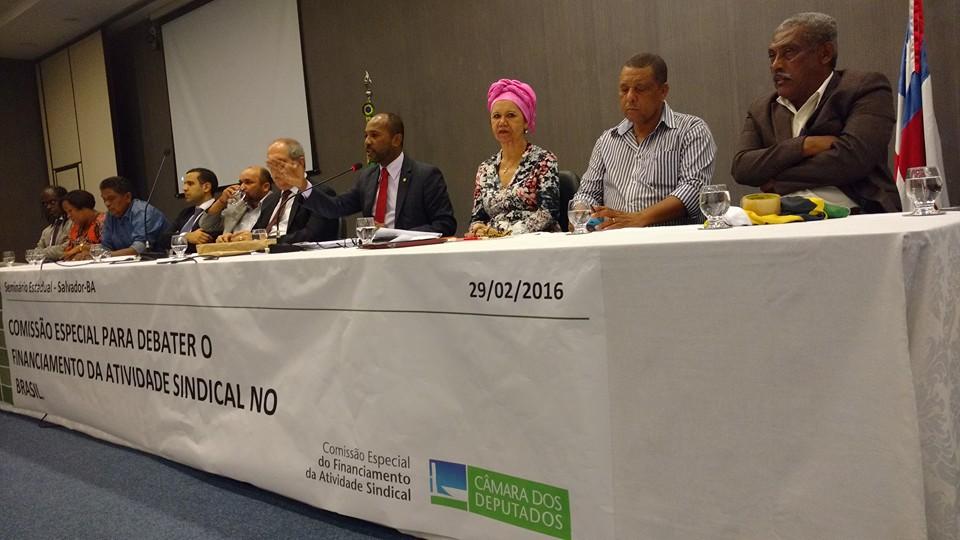 Comissão especial realizou debate em Salvador.