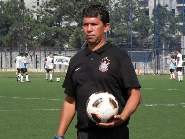 Sérgio Odilon antes de treinar o Colo-Colo passou por outros clubes incluindo a divisão de base  do Corinthians. Imagem: google.
