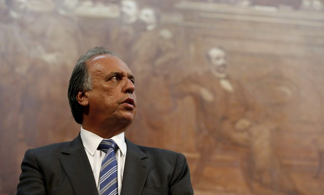 O governador do Rio, Luiz Fernando Pezão | Domingos Peixoto / Agência O Globo