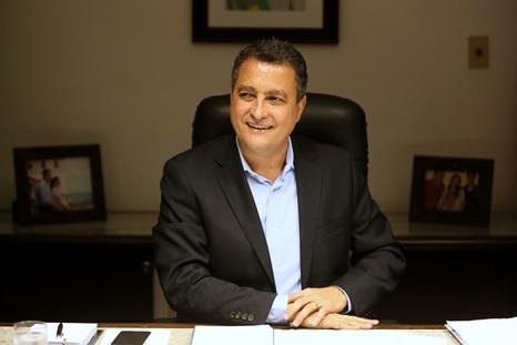 Governador Rui Costa anunciou convocação nessa segunda-feira. Imagem: Manu Dias/GOVBA.