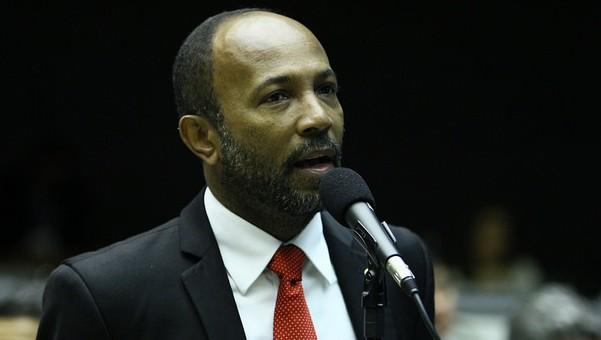 Deputado Bebeto Galvão.