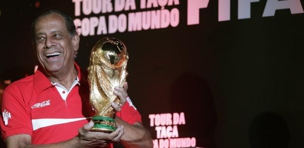 Carlos Alberto Torres entrou para a história como o capitão da seleção brasileira de 1970. Imagem: Ricardo Moraes/Reuters.