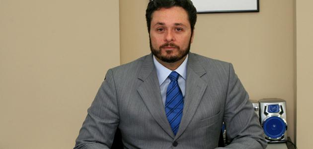 Manoel Vitório, secretário da fazenda.