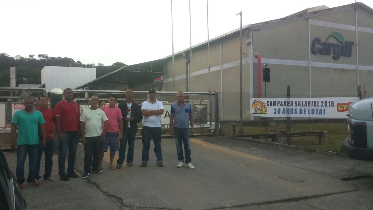Membros do Sindicacau.