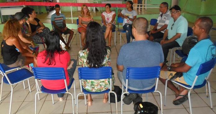 Em reunião, grupo decidiu visitar a unidade do Ministério Público em busca de apoio. Imagem: Thiago Dias/Blog do Gusmão.