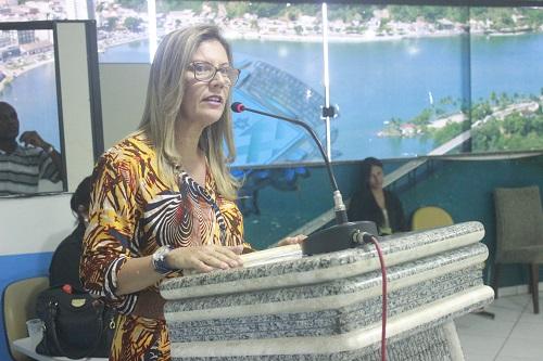 Professora Ana Lívia Ribeiro. Imagem: Ascom-Câmara de Ilhéus.