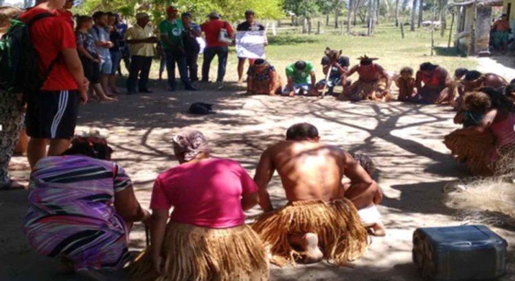 Índios pataxós em ritual na Aldeia Cahy. Imagem de arquivo do CIMI.