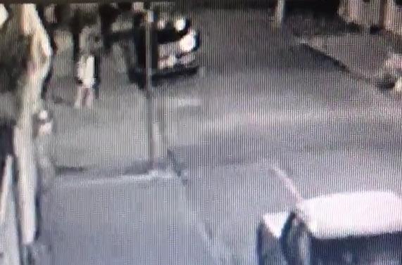 Veja a ação dos bandidos no vídeo abaixo.