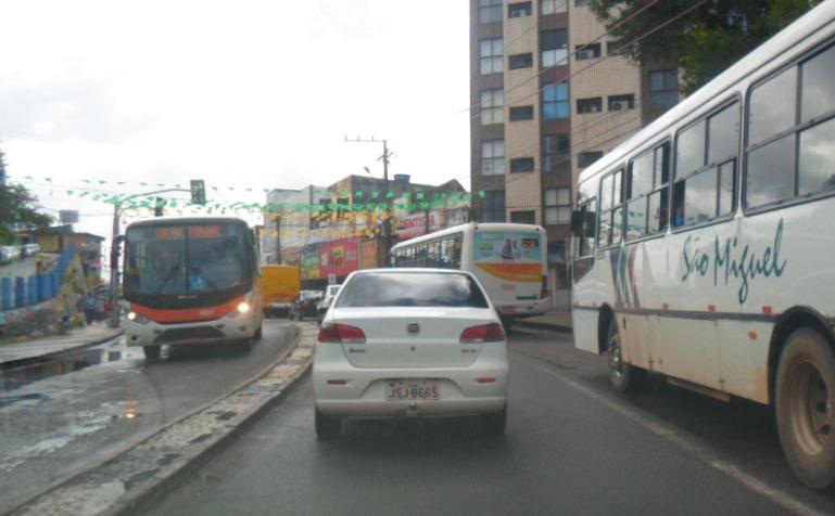 Rua Bento Berillo, Centro de Ilhéus. Imagem: Thiago Dias/Blog do Gusmão.