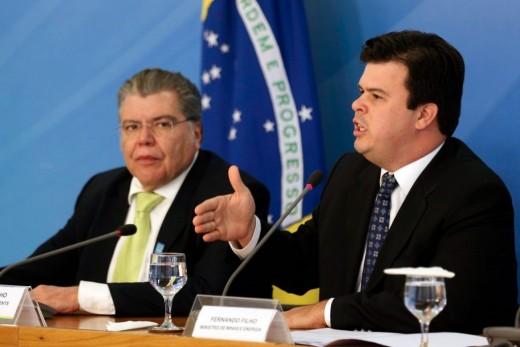 Ministros do Meio Ambiente, Sarney Filho, e de Minas e Energia, Fernando Coelho Filho, em coletiva sobre a extinção da Renca. Foto: Fabio Rodrigues Pozzebom/Agência Brasil.