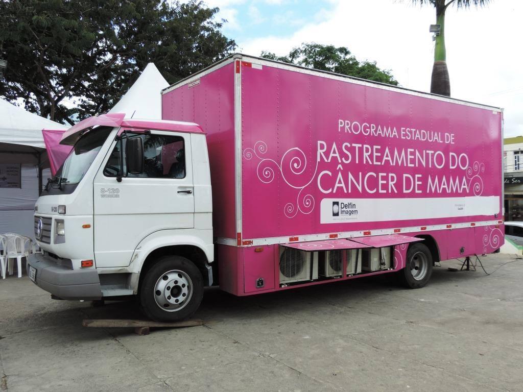 Rastreamento acontece na unidade móvel do Saúde sem Fronteiras.