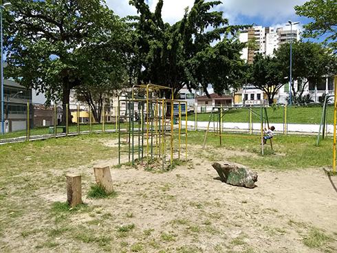 Atual local de treinos, praça Laura Conceição. Imagem: Antonio Mota Filho/Blog do Gusmão.