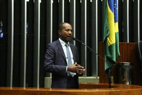 Deputado federal Bebeto Galvão.