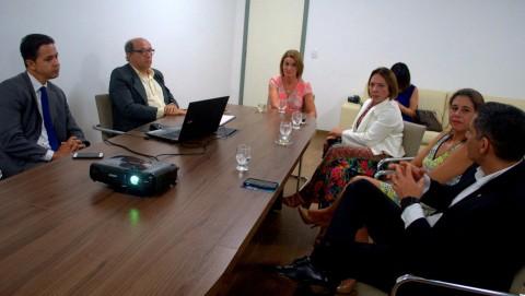 Reunião para decidir nova sede do Ministério e Defensoria Pública. Imagem: SECOM-Ilhéus.