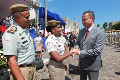 Rui atende pleito das Polícias Militar e Civil. Imagem: Carol Garcia/GOV-Ba.
