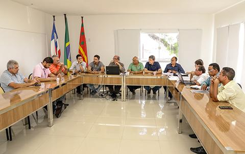 Reunião Prefeitura de llhéus e Embasa. Imagem: Clodoaldo Ribeiro.