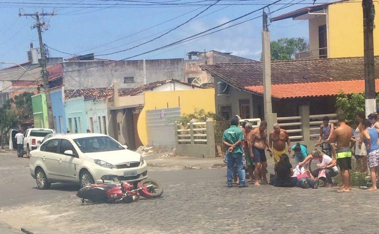 Imagem registra quarto acidente na rua Castro Alves em menos de duas semanas.