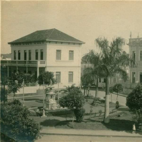 Imagem antigoa do Casarão de Tico Pinto