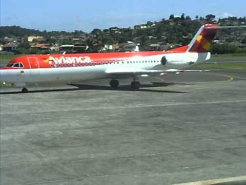 Às quintas-feiras, a Avianca disponibiliza um voo para Salvador que sai de Ilhéus por voltas das 13h05min.
