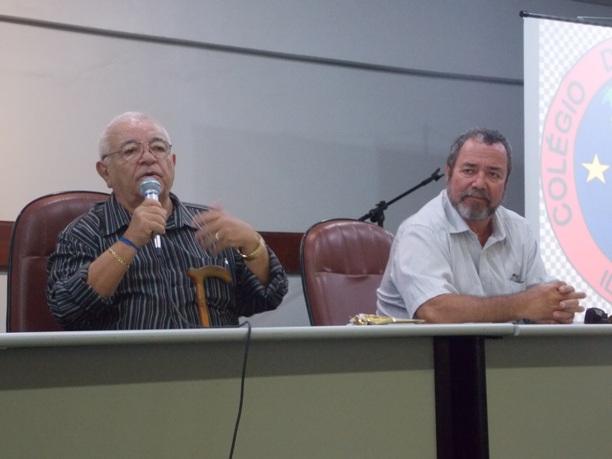 Os historiadores Arléo Barbosa e Edu Neto palestraram no evento.