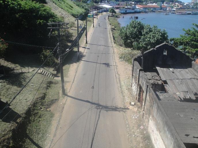 Falta acessibilidade na Avenida Almirante Linhares.